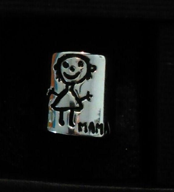 R/ 102 Anillo personalizado con  un dibujo hecho por un niño