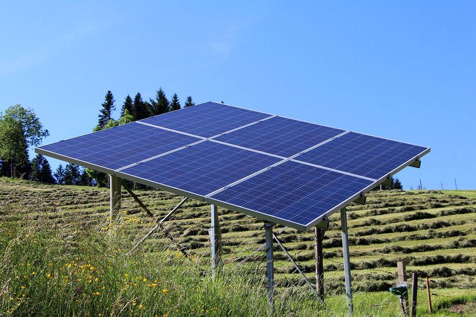 Sistemas de riego por energía solar: Servicios de Rafael Parra Magro Riegos y Servicios