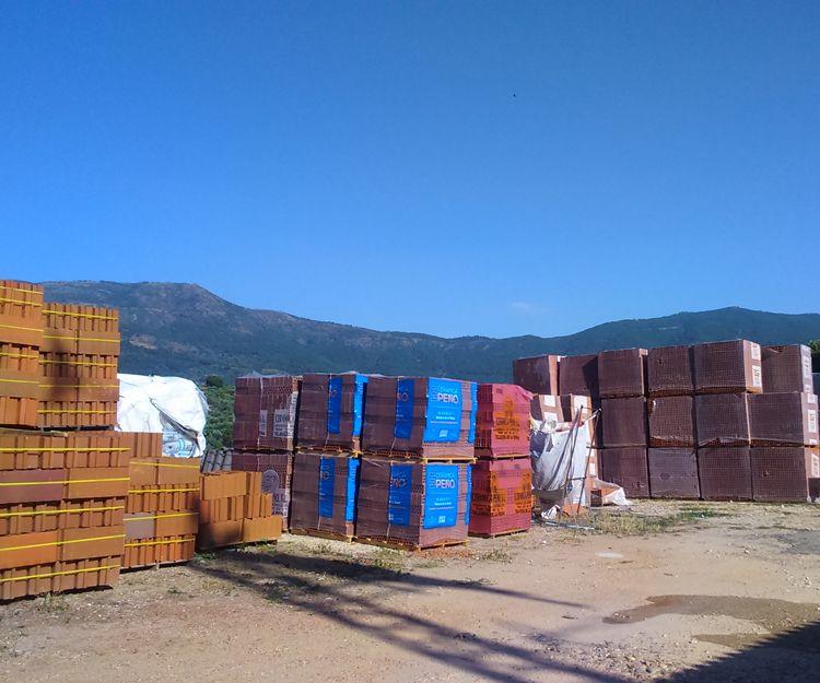 Almacén de materiales de construcción en Ávila