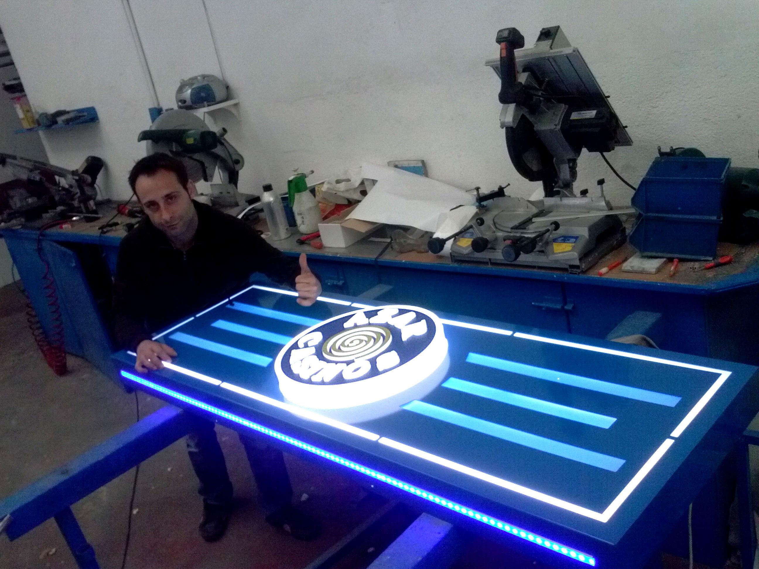 Fabricación de rótulos luminosos en Madrid