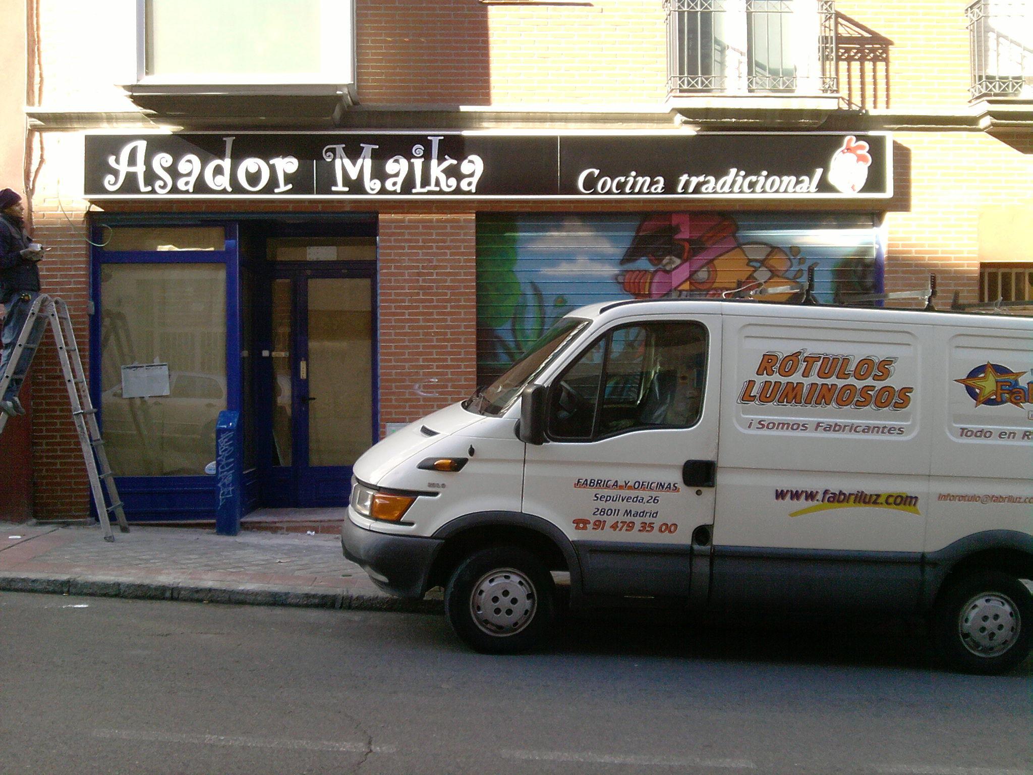 Foto 83 de Rotulación y señalización en Madrid | Rótulos luminosos Fabriluz Neón
