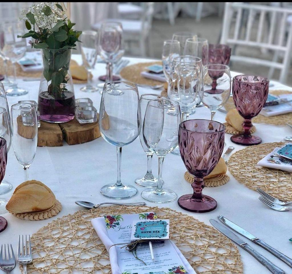 Foto 2 de Catering para eventos en    Sillas Infantes