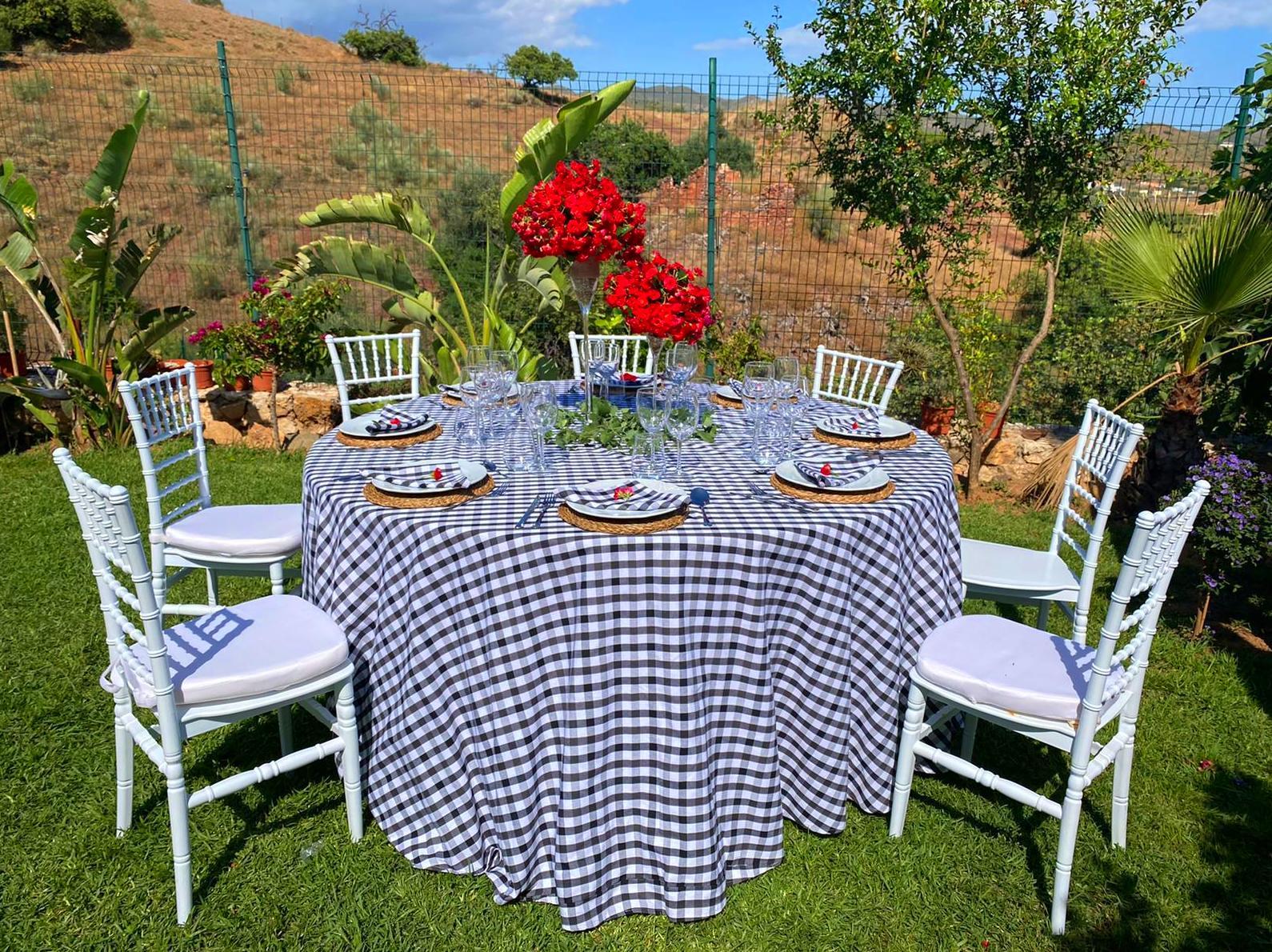 Foto 2 de Catering para eventos en  | Sillas Infantes
