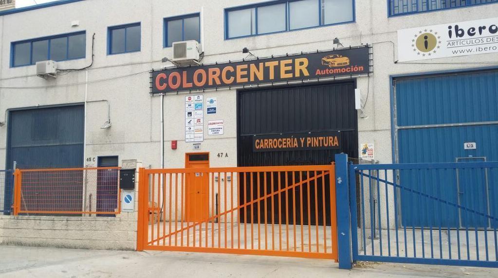 Foto 1 de Talleres de chapa y pintura en Madrid | Colorcenter Automoción