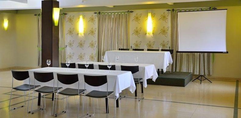 Salones para reuniones de empresa en Hospital de Órbigo