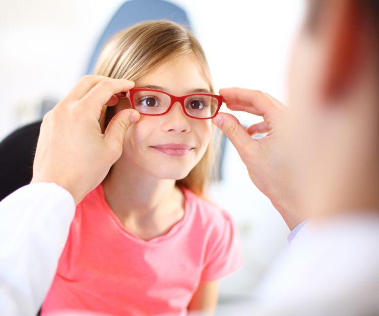 Especialista en oftalmología infantil en Gijón
