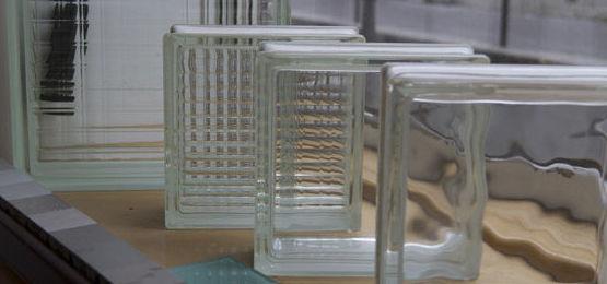 Recubrimientos exteriores, vidrieras, mamparas