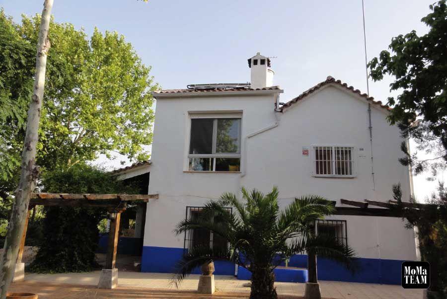 Casa chalet independiente en venta en La Veintena: Propiedades de MoMa Team