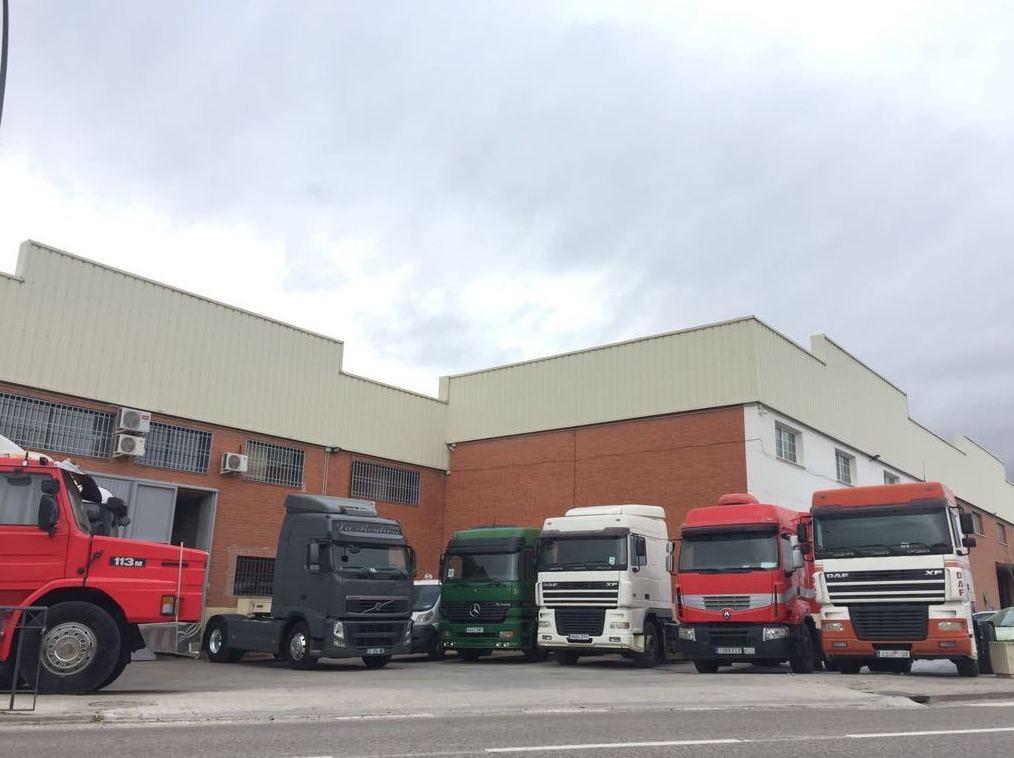 Foto 5 de Compra venta de vehículos industriales en  | Emirtrucks Trading