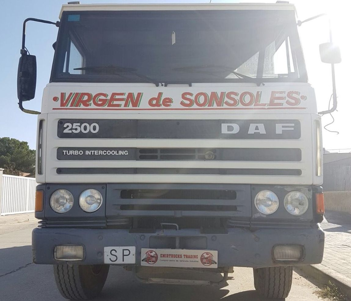 DAF 2500 TURBO: Vehículos industriales de Emirtrucks Trading