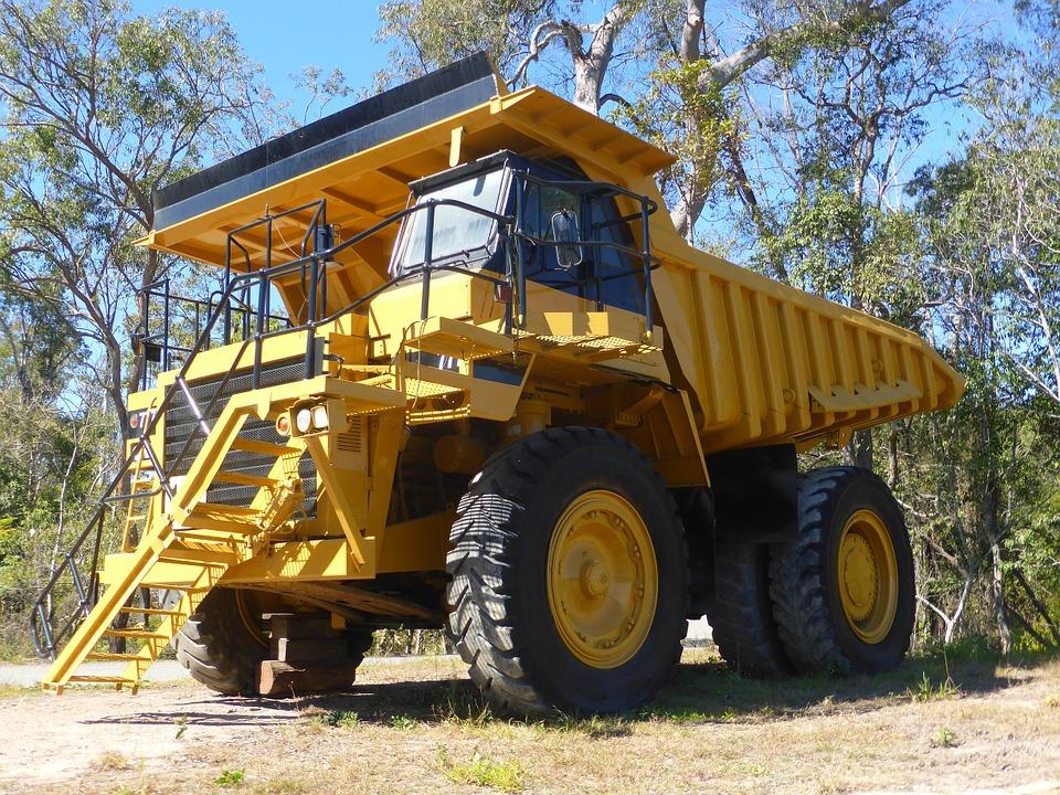 Dumpers: Vehículos industriales de Emirtrucks Trading