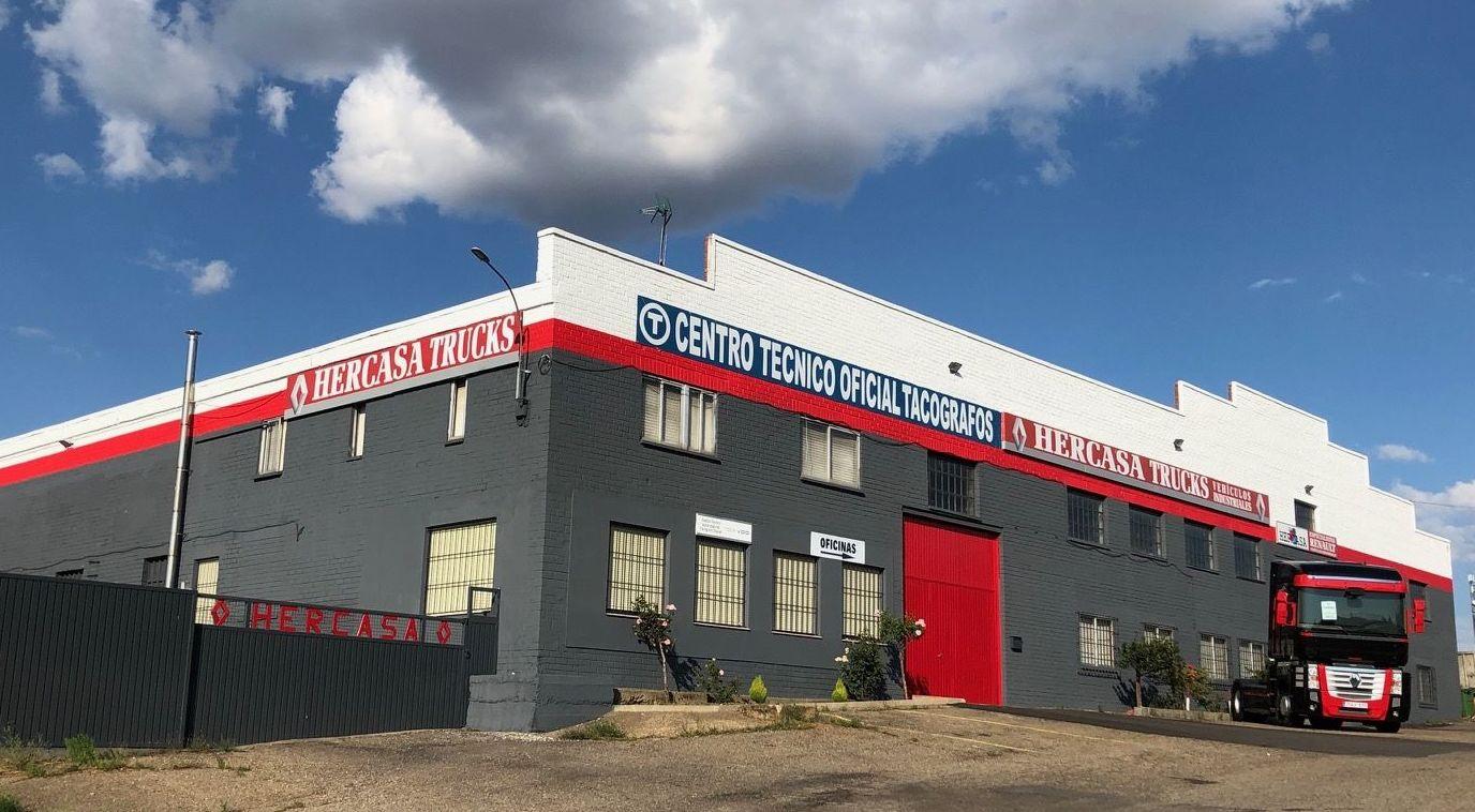 Foto 1 de Taller de automóviles y vehículos industriales en Pradorrey | Grupo Hercasa