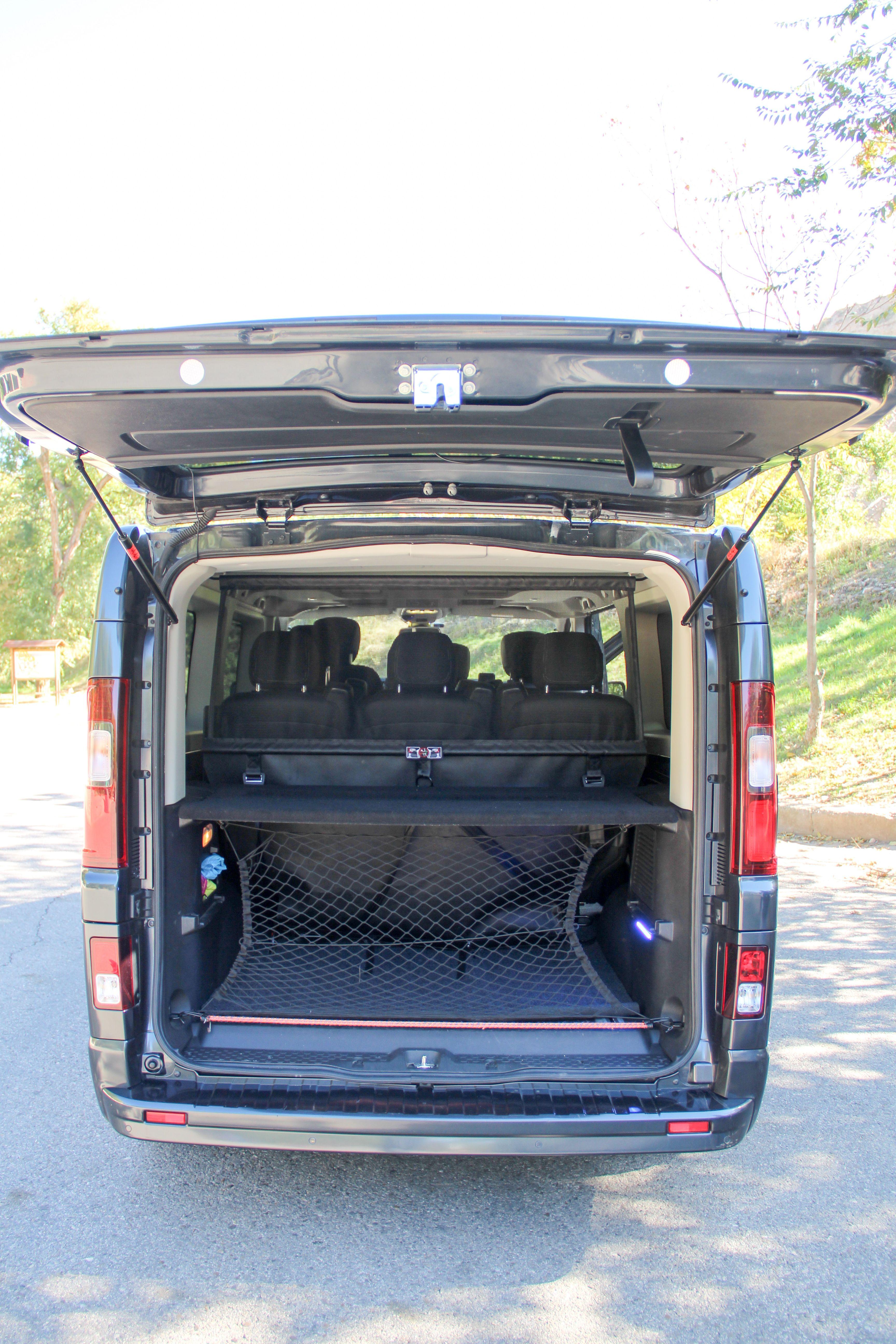 Parte posterior furgoneta Mascotas Entur