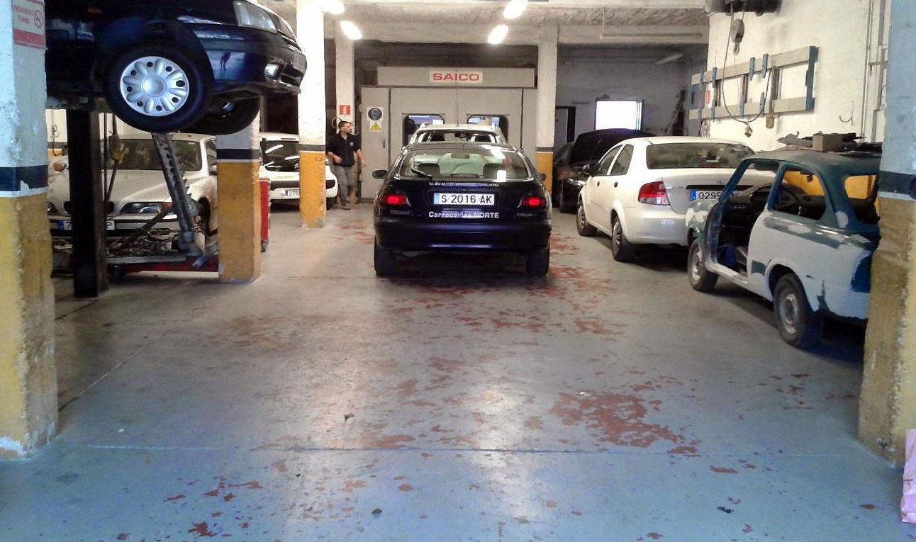 Su taller de confianza para reparaciones de chapa y pintura en Torrelavega