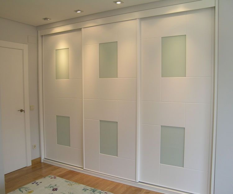 Armario con puertas correderas blanco