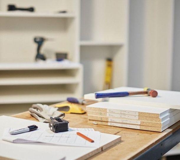 Siempre trabajando para ti en tu estudio de carpinteria
