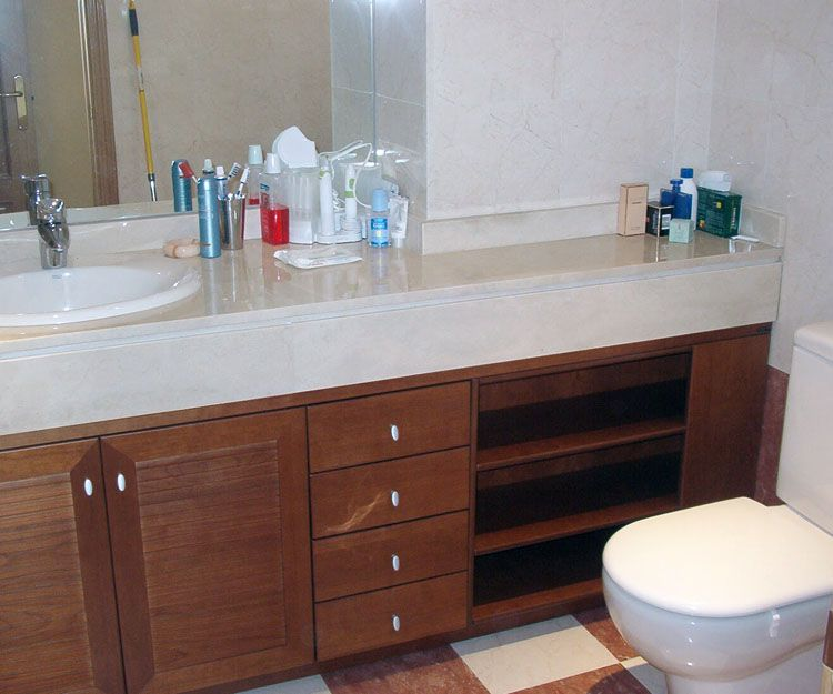Armario para cuarto de baño