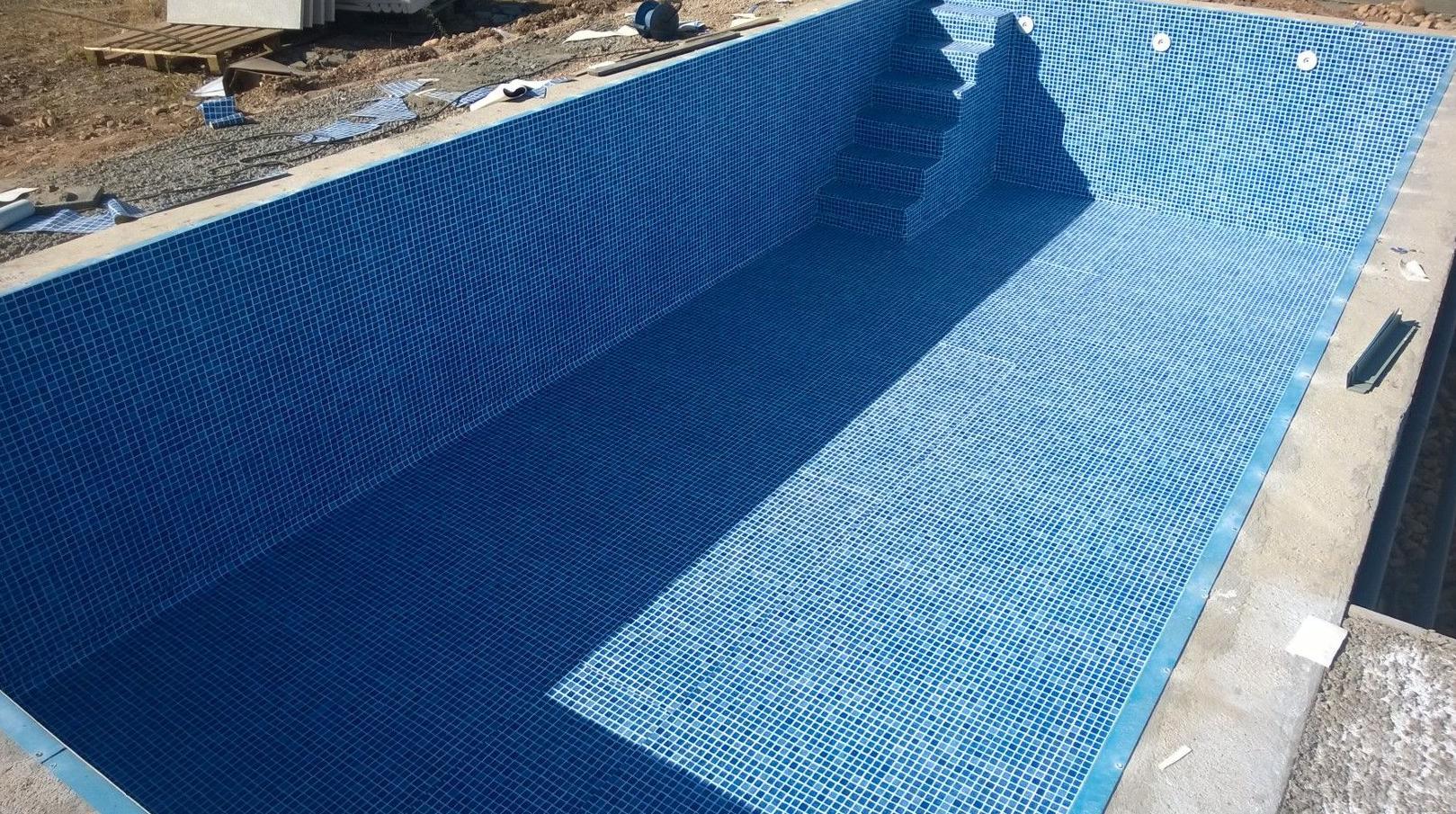 Terminada impermeabilizacion piscina lainer.