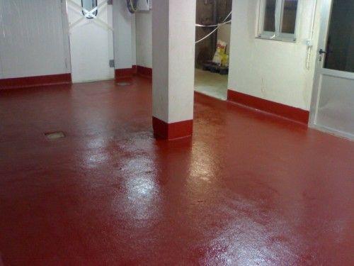Pavimento continuo para laboratorio antideslizante y alto transito.