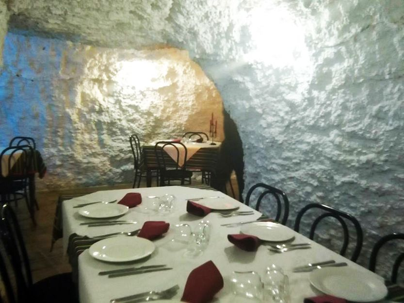 Private rooms for business lunches