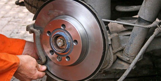Engrase y mantenimiento de vehículos en Valladolid
