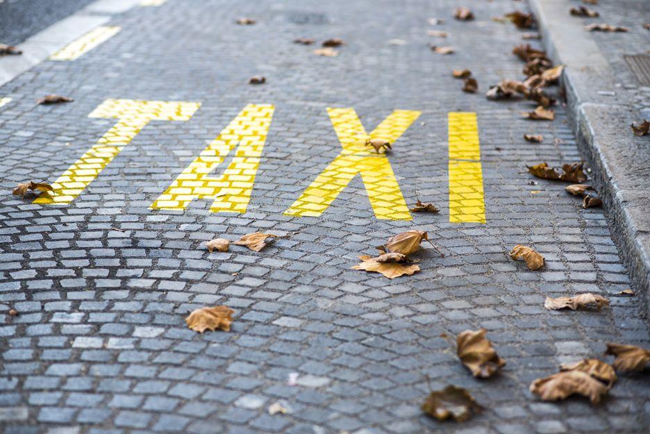 Servicio de taxi en el aeropuerto de Vigo