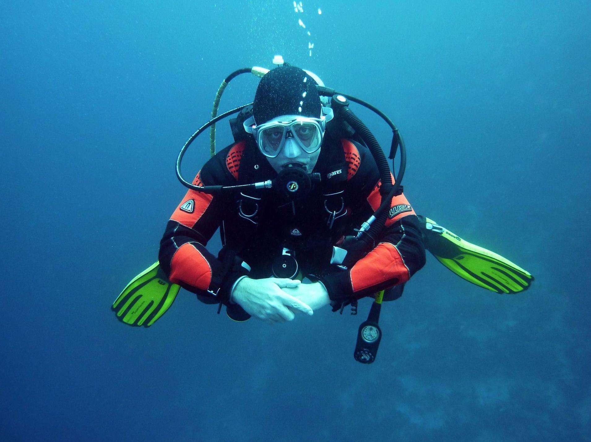 Navegación subacuática: Cursos y actividades de Scuba Plus