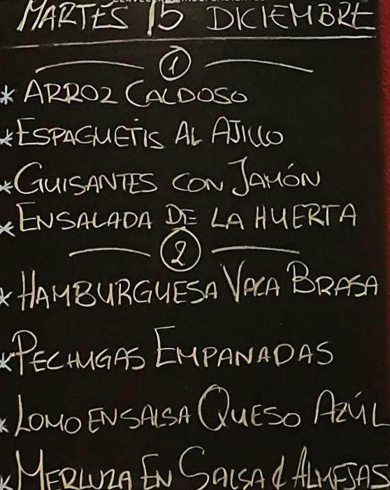 Menú del día martes 15 de diciembre.Bebida,postre y pan a 10€.