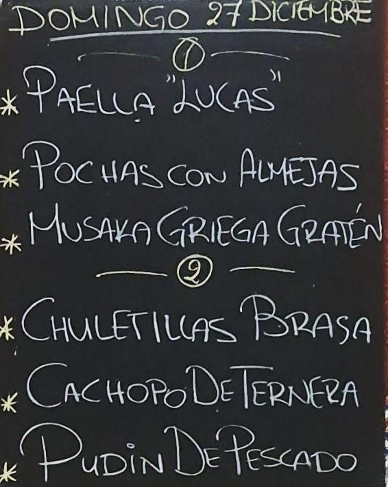 Menu del dia domingo 27 de diciembre. Bebida, postre y pan a 15€