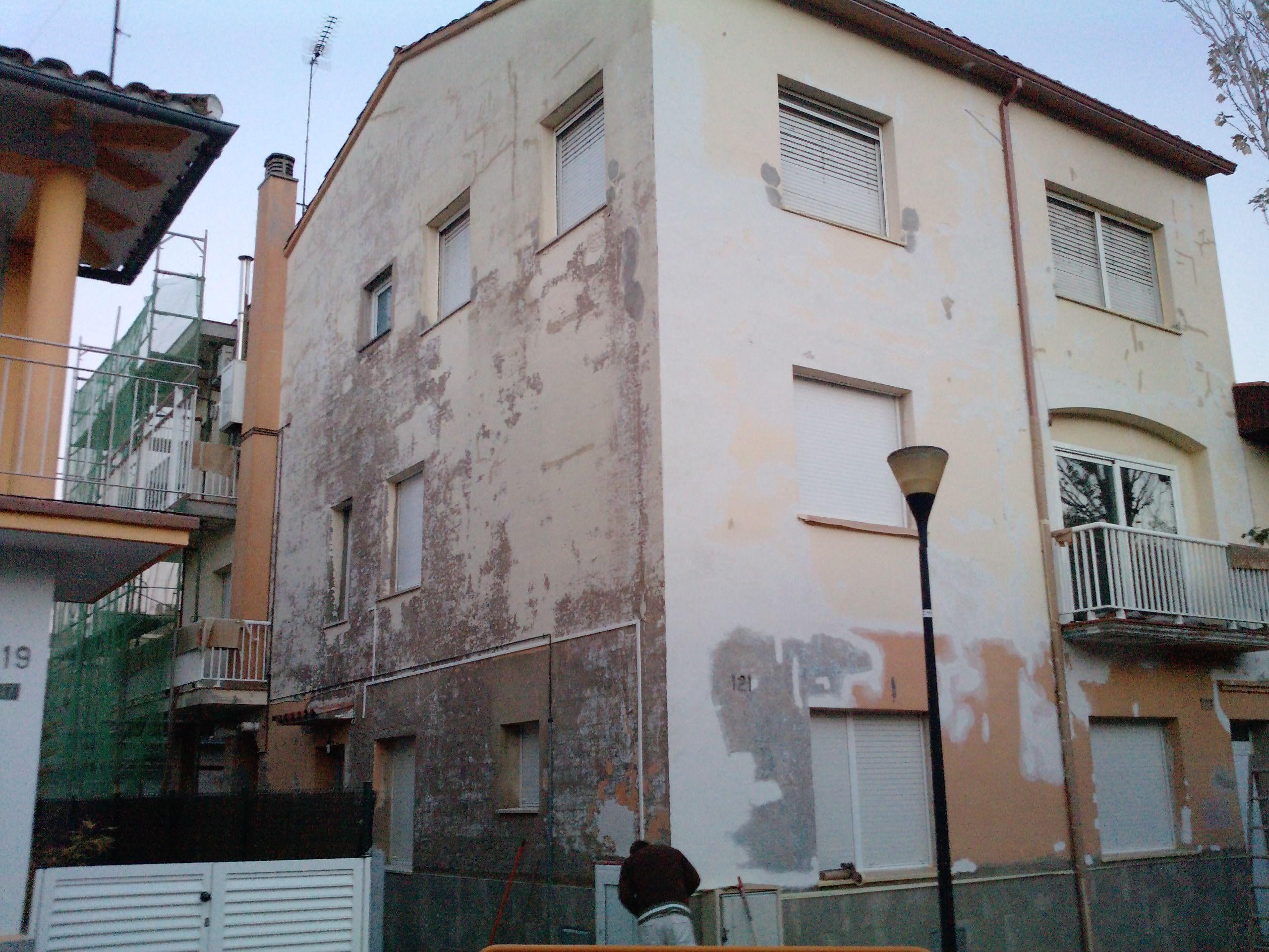 Rehabilitacion y pintura de fachadas