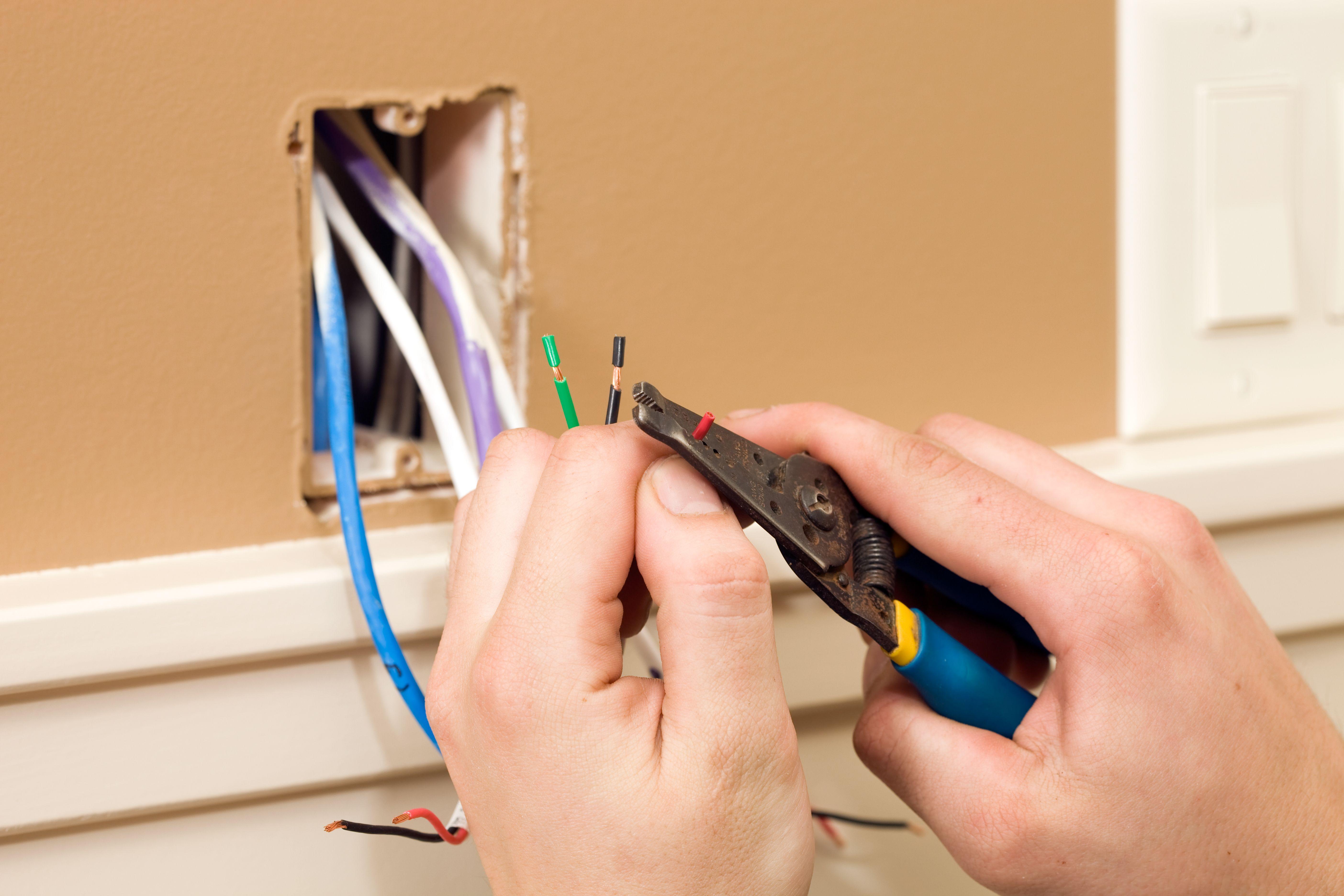Electricidad: Servicios de Momento Construcción