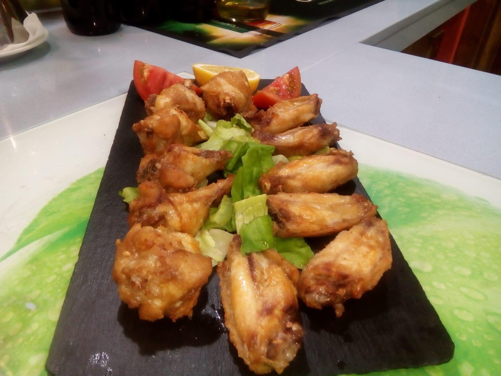 Tapas en restaurante de ambiente andaluz en Las Palmas