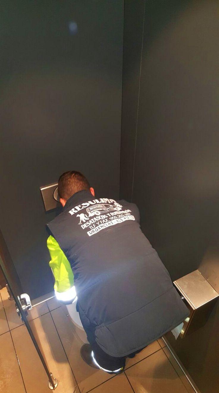 Grandes empresas como McDonald\u0027s confían en el equipo de Alcantarillados Resulima para el mantenimiento de todas sus instalaciones.
