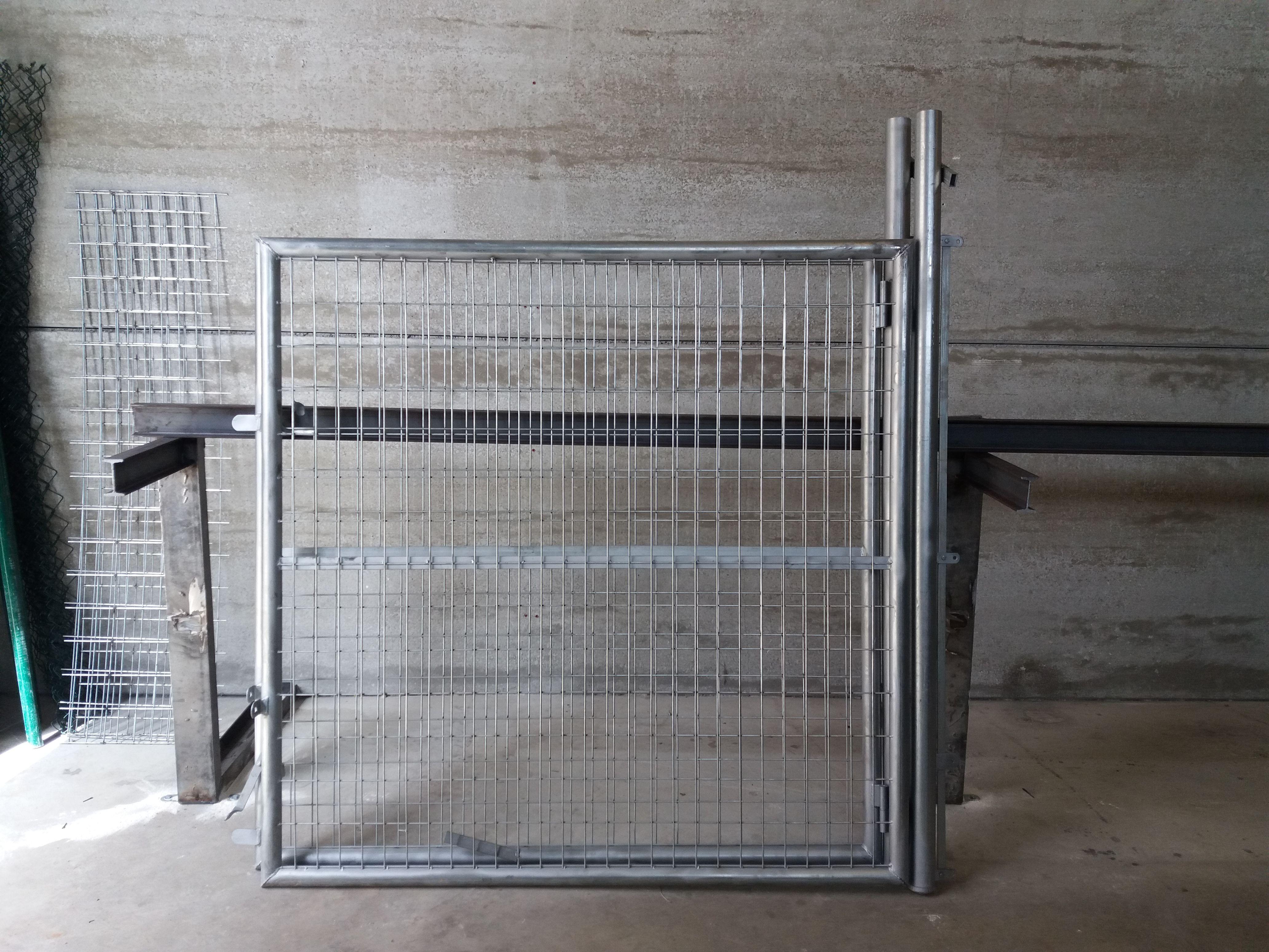 Expertos en fabricación de vallados metálicos en Alicante