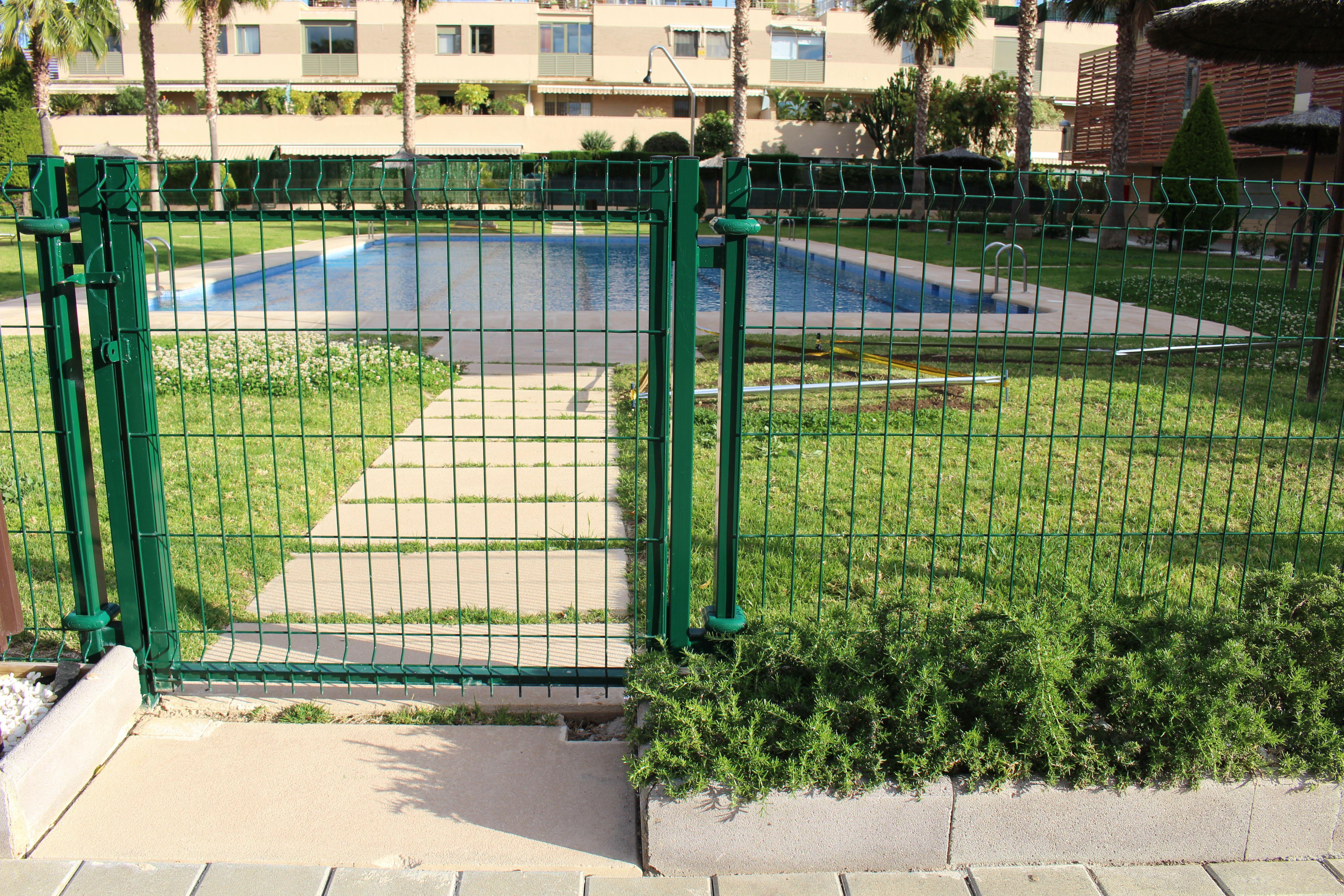 Vallados metálicos para comunidades de propietarios en Alicante
