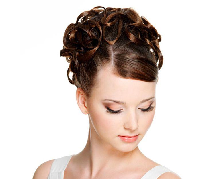 Hairstyles for brides in Almería