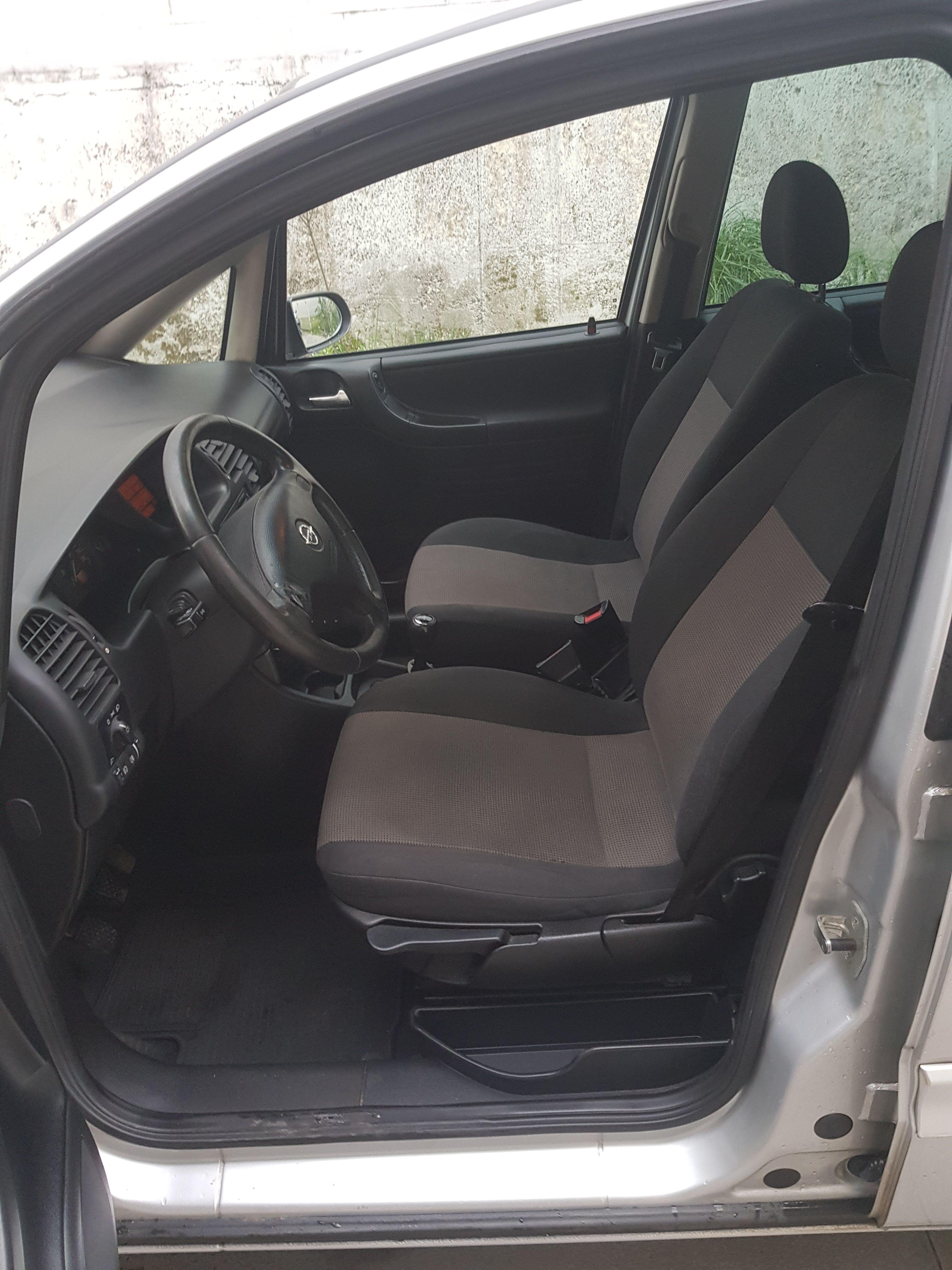 Opel Zafira R Line 2. 0 dti 100cv: Servicios de Asua-Berri Motor Old School