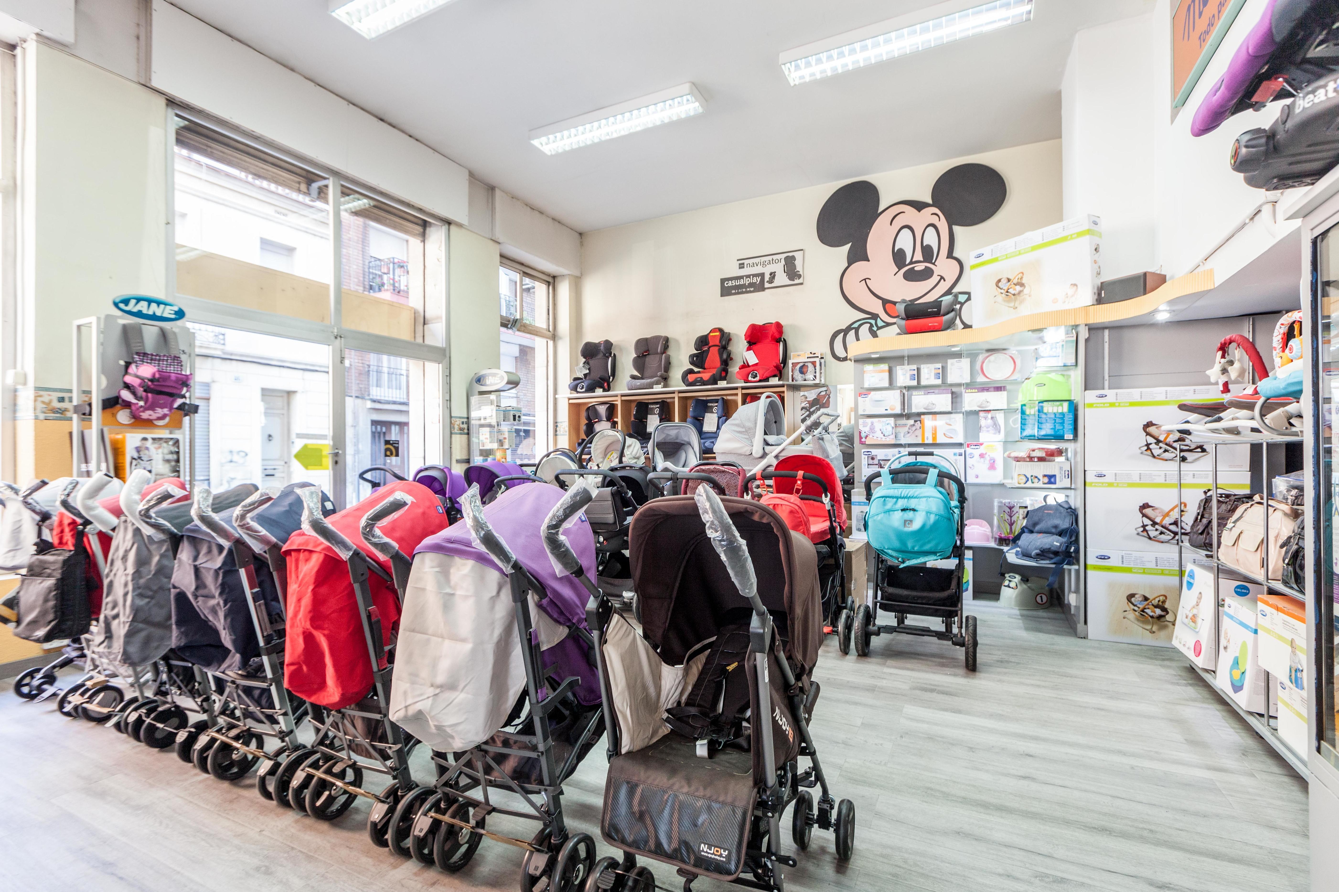 Foto 1 de Mobiliario infantil en L'Hospitalet de Llobregat | Materna|Productos para bebé con los precios más bajos