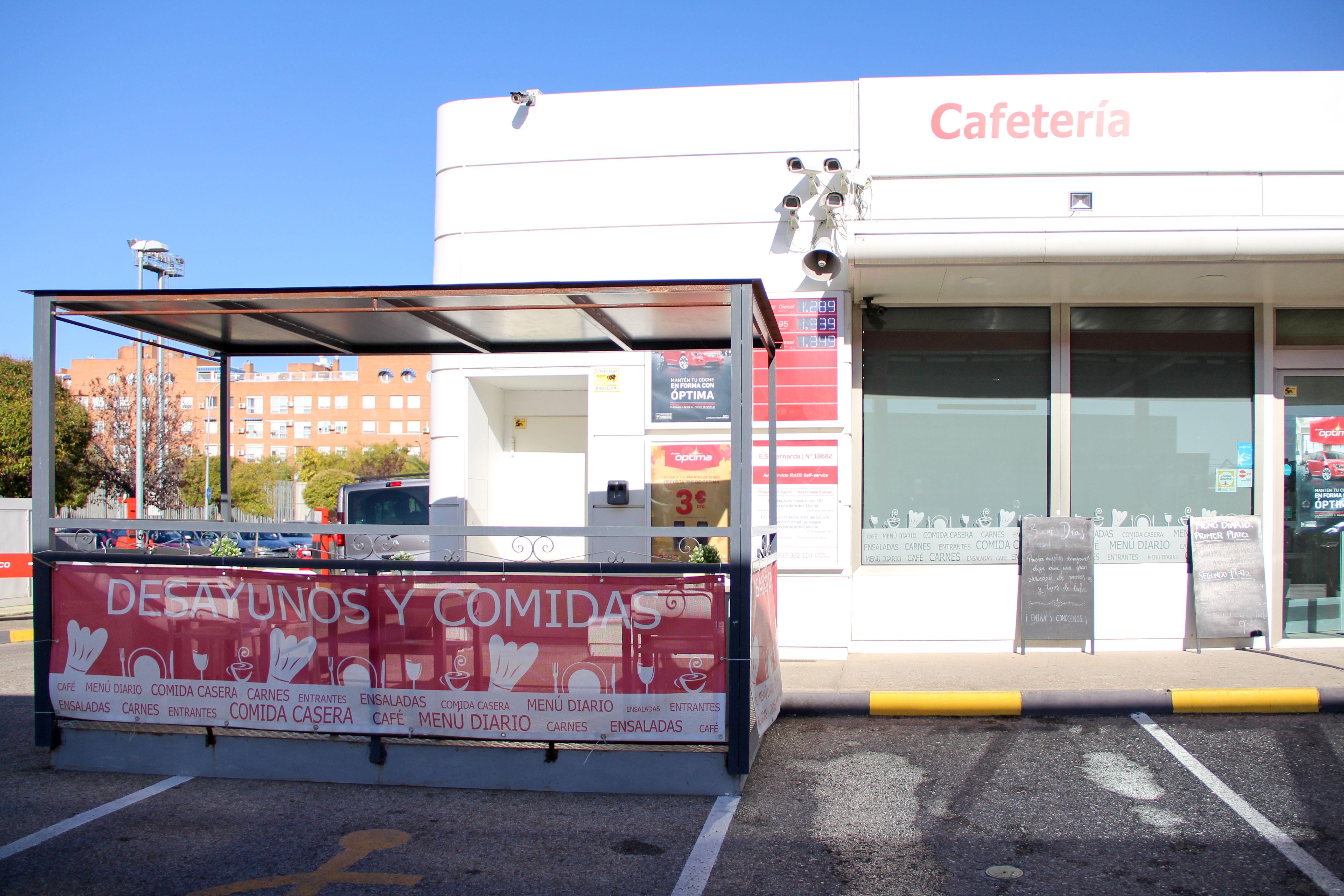 Exterior Cafetería La Bernarda