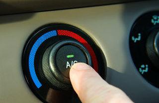 Mantenimiento de aire acondicionado en coches