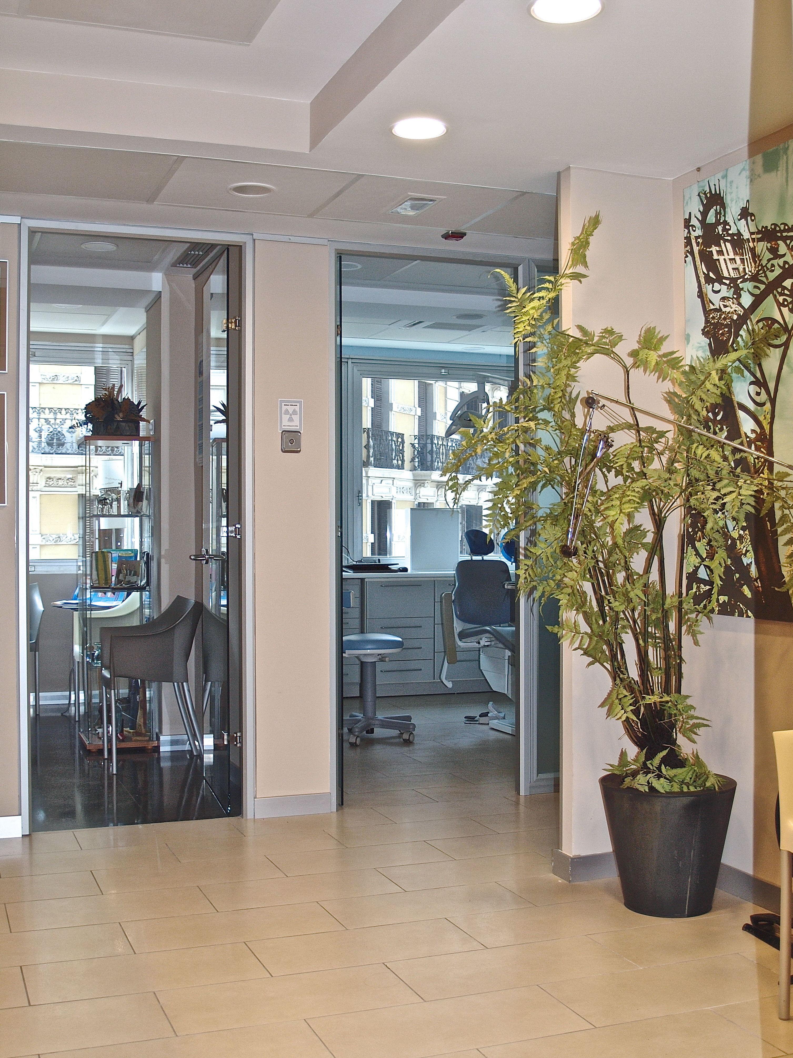 Foto 3 de Clínica dental en Barcelona en Barcelona | IOIB