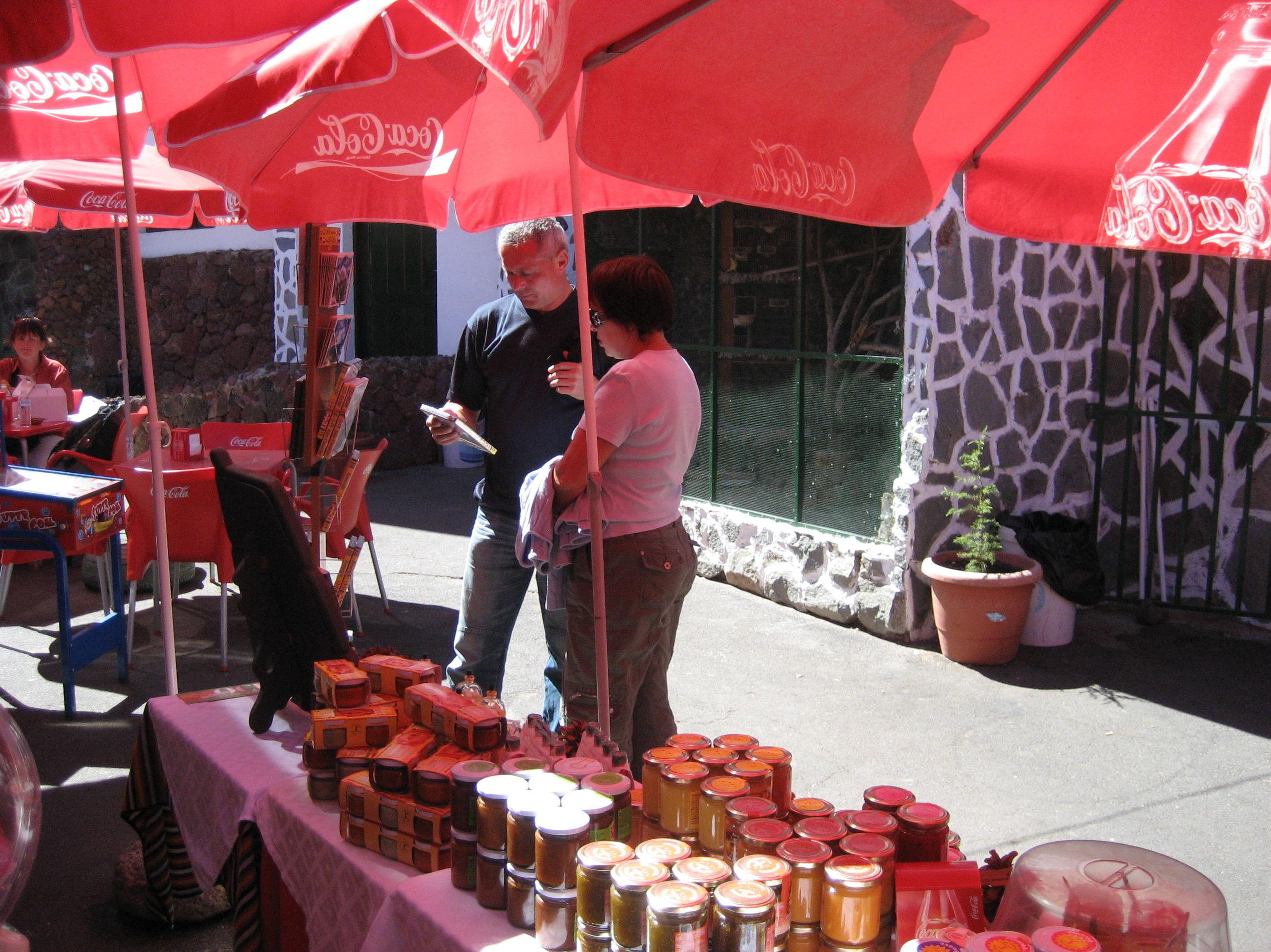 Compra productos canarios en el restaurante El Portillo