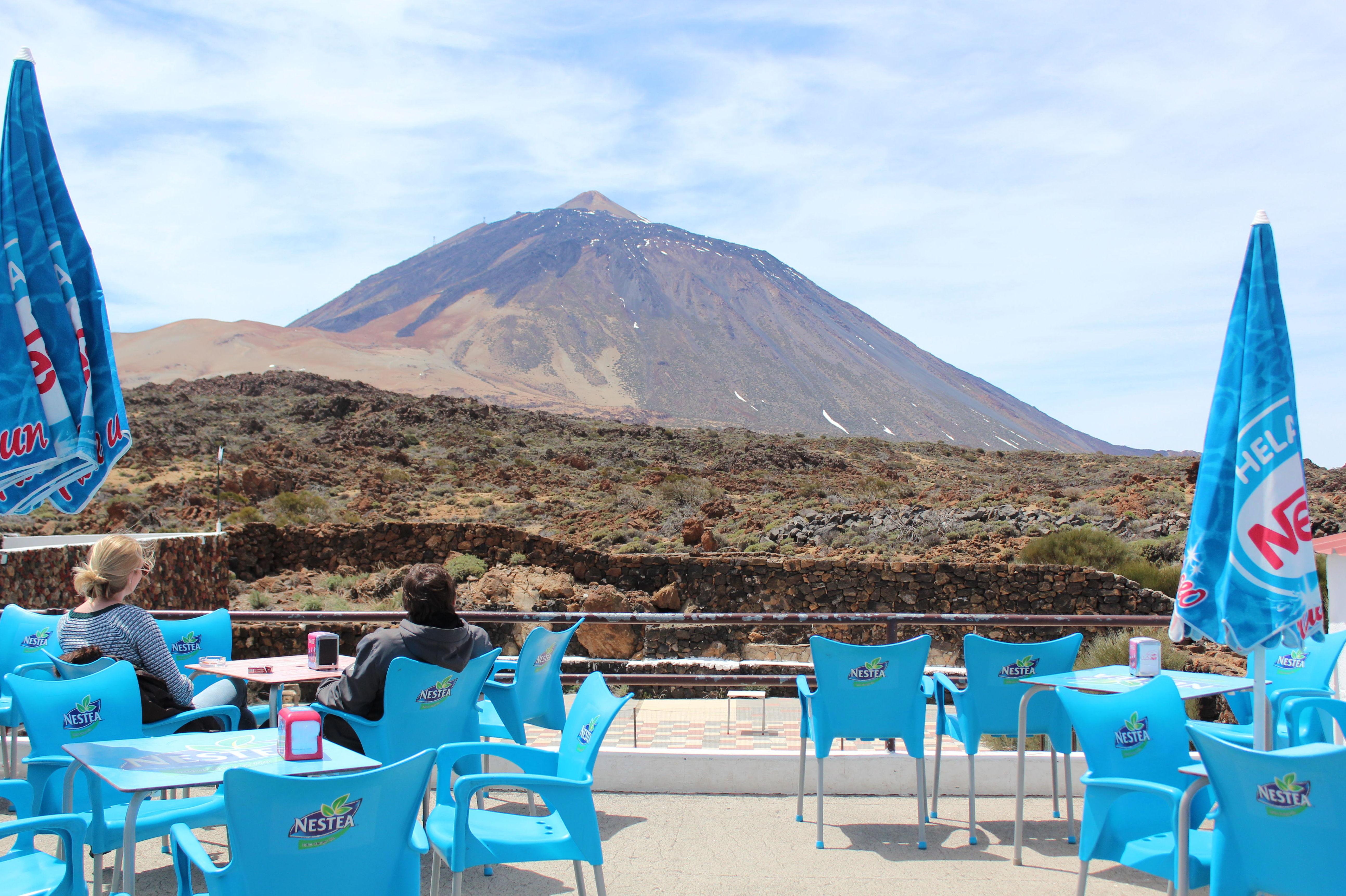 Terraza con vistas al Teide