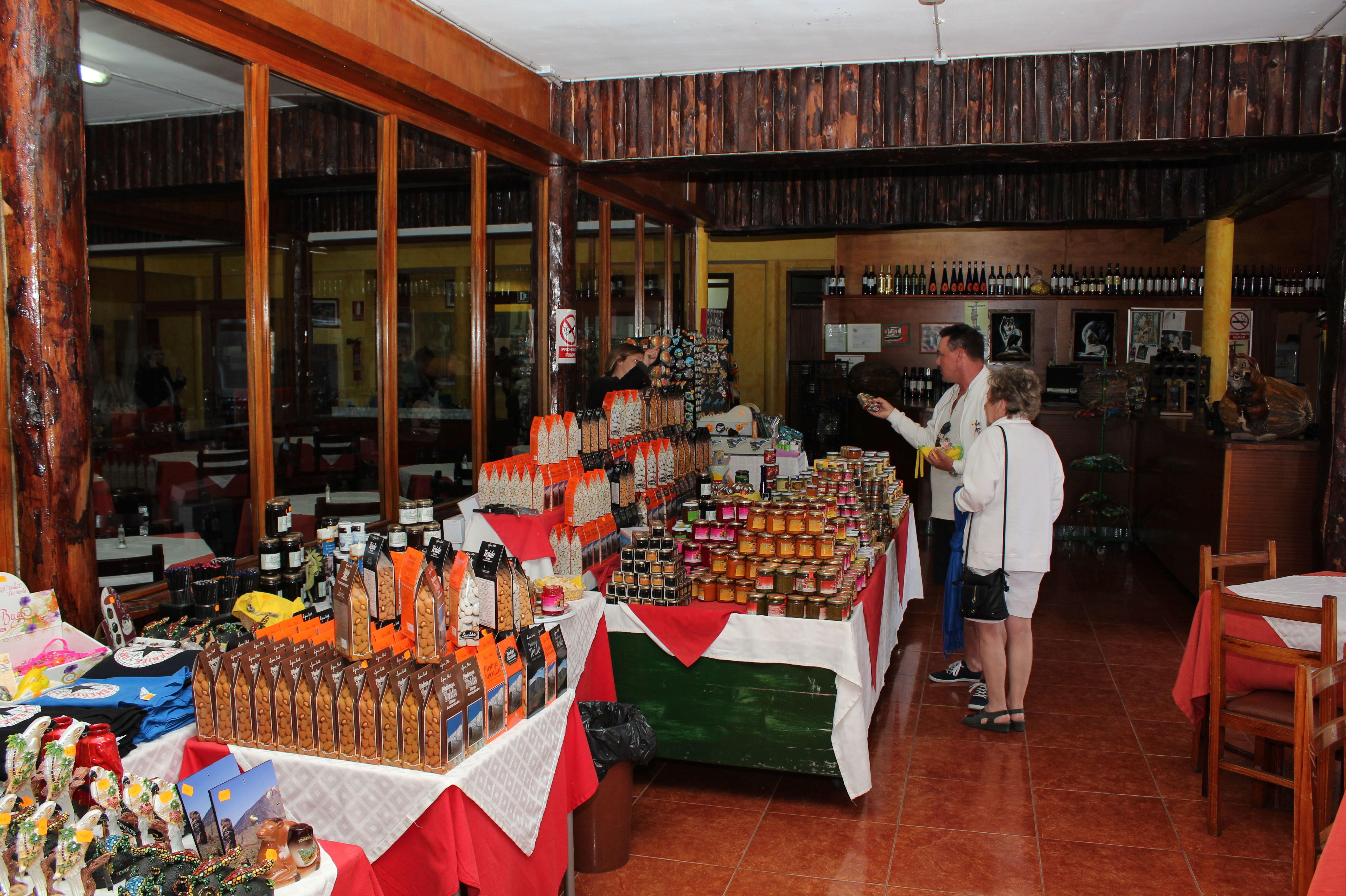 Venta de productos típicos canarios