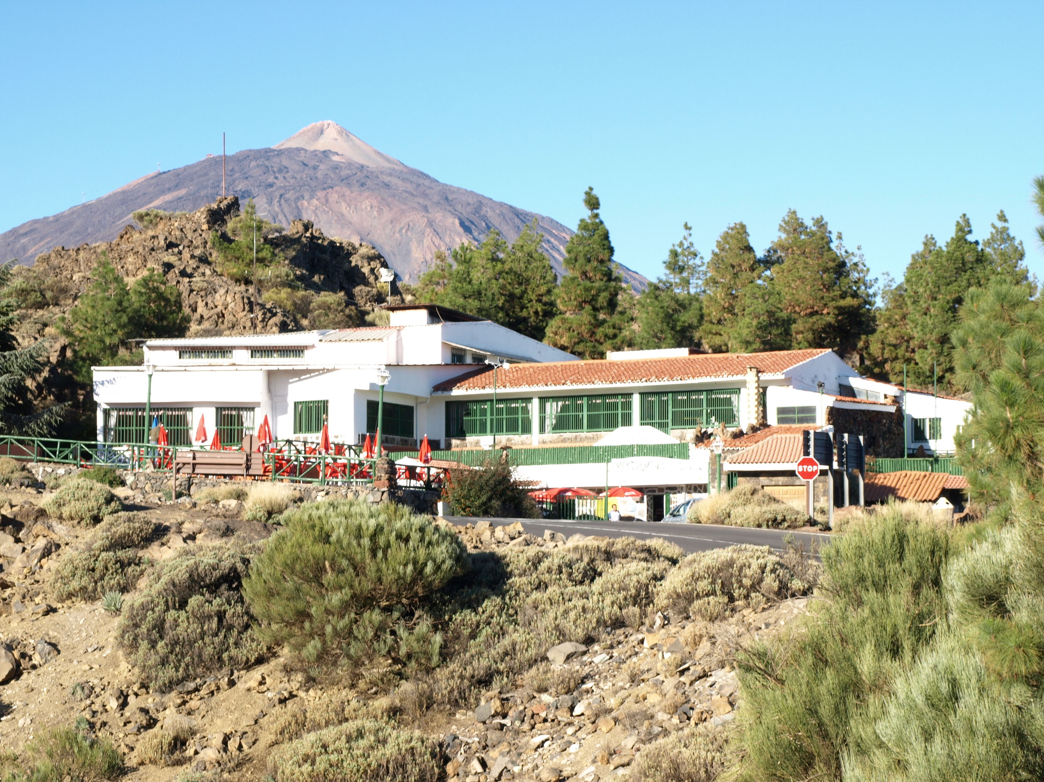Vista exterior del restaurante El Portillo