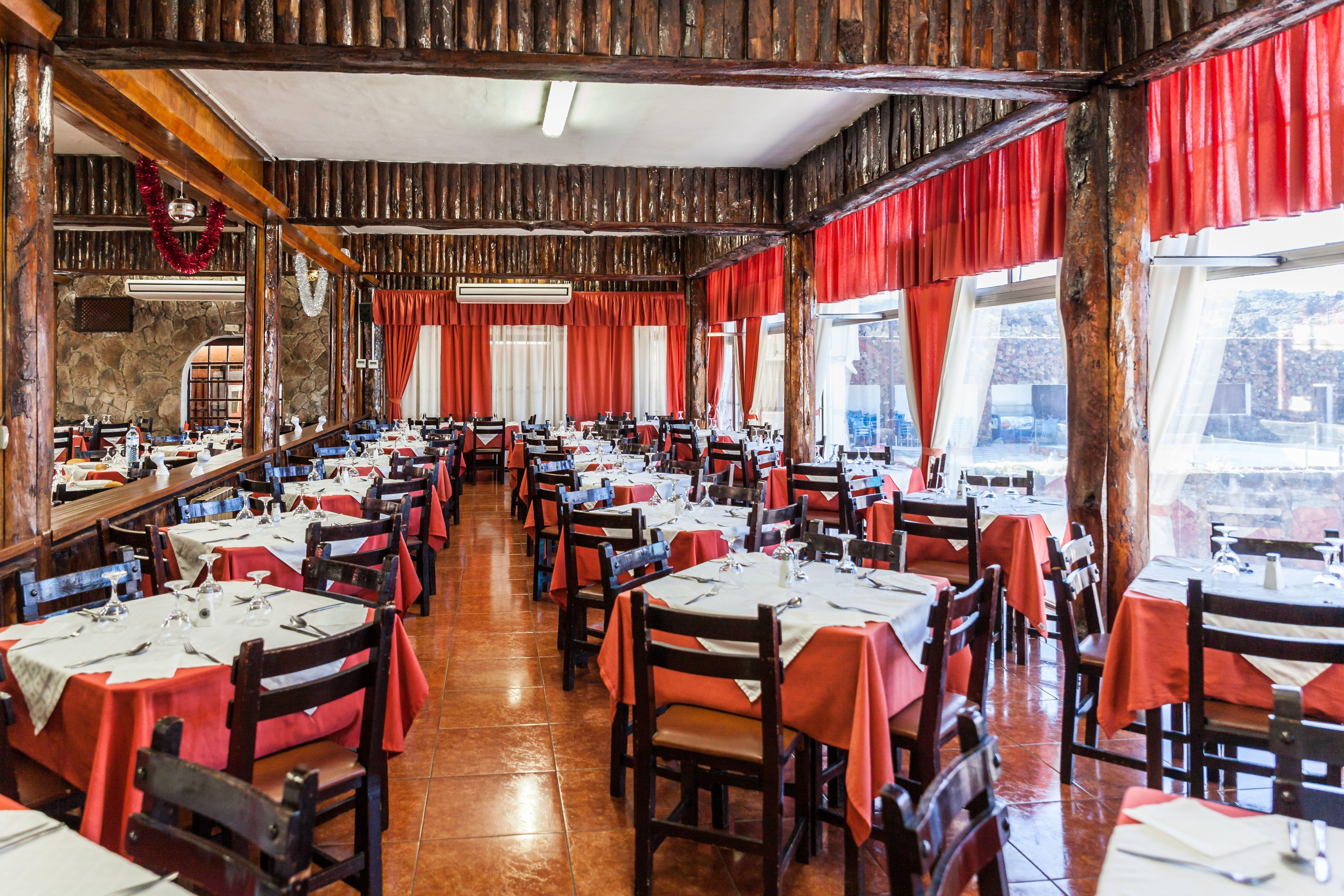 Foto 17 de Empresa de restauración ubicada en el Parque Nacional del Teide en La Orotava | Restaurantes El Portillo y La Bamby