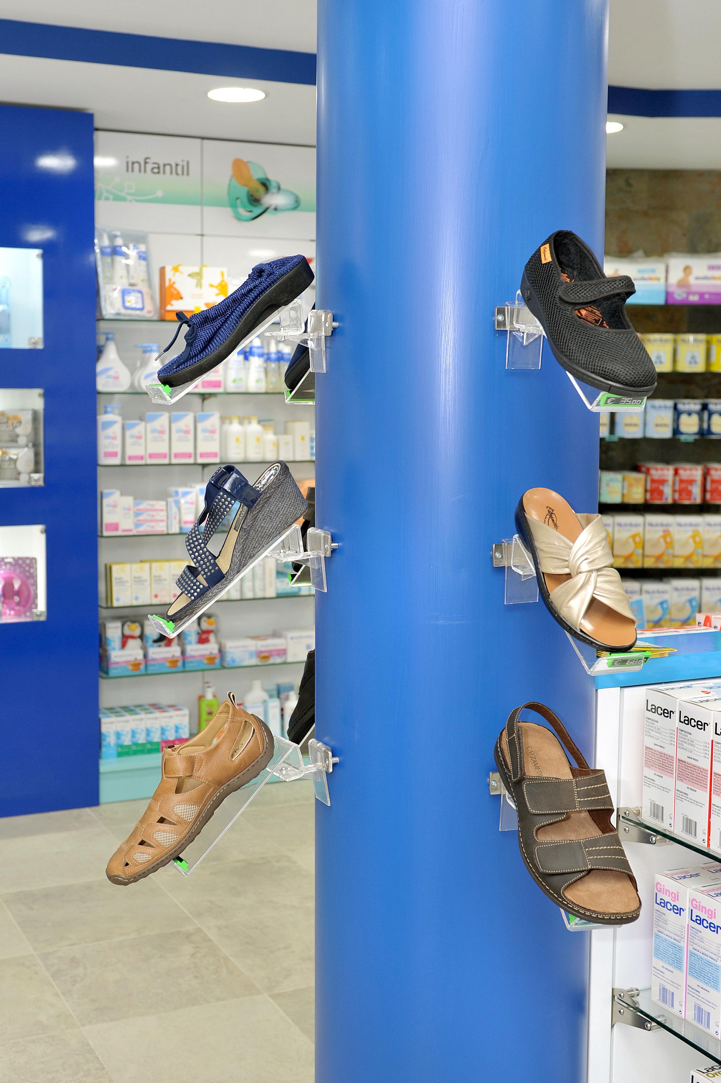 Farmacia La Cuesta. Calzado ortopédico