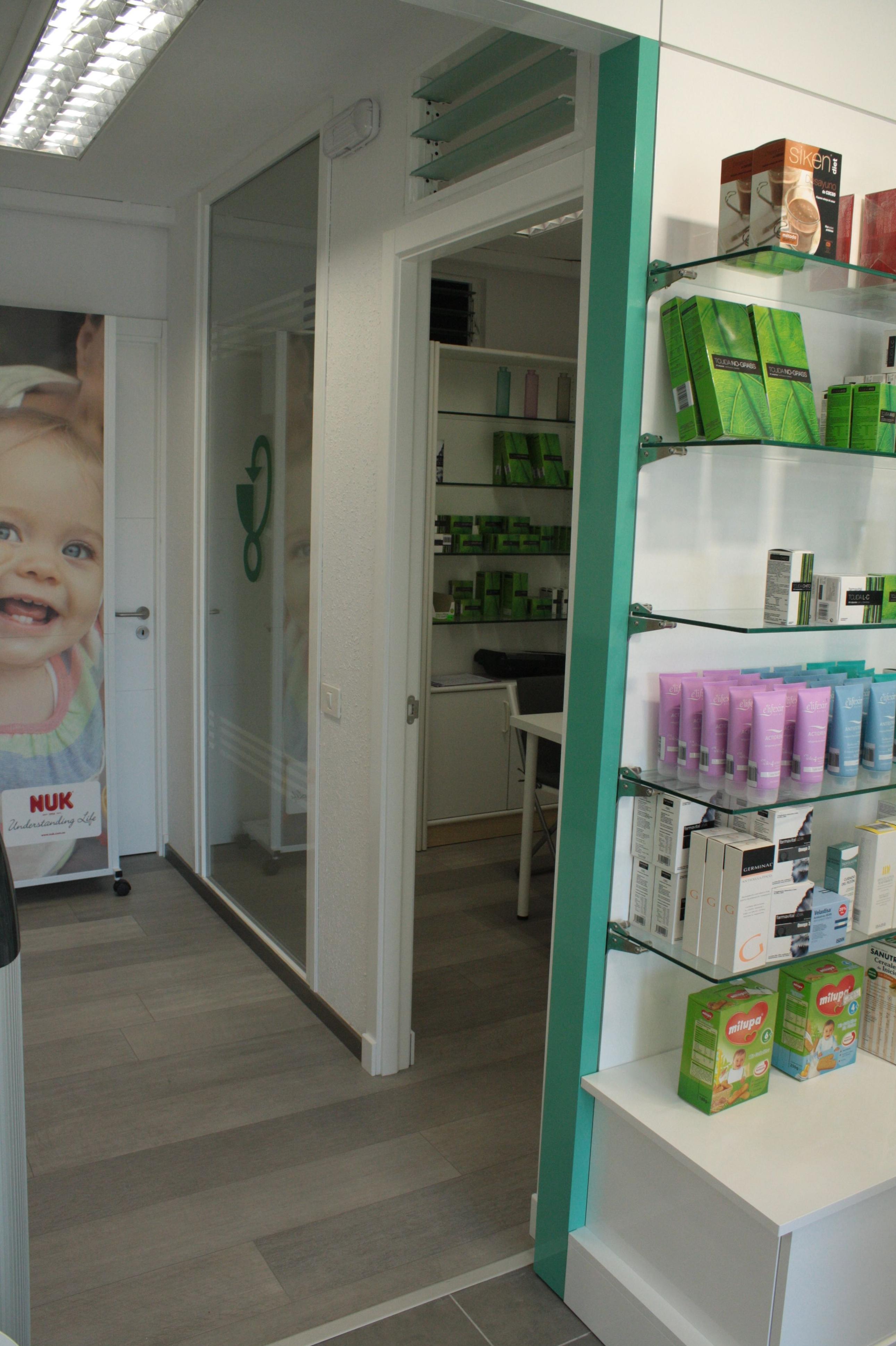 Diseño y montaje de farmacias en Santa Cruz de Tenerife