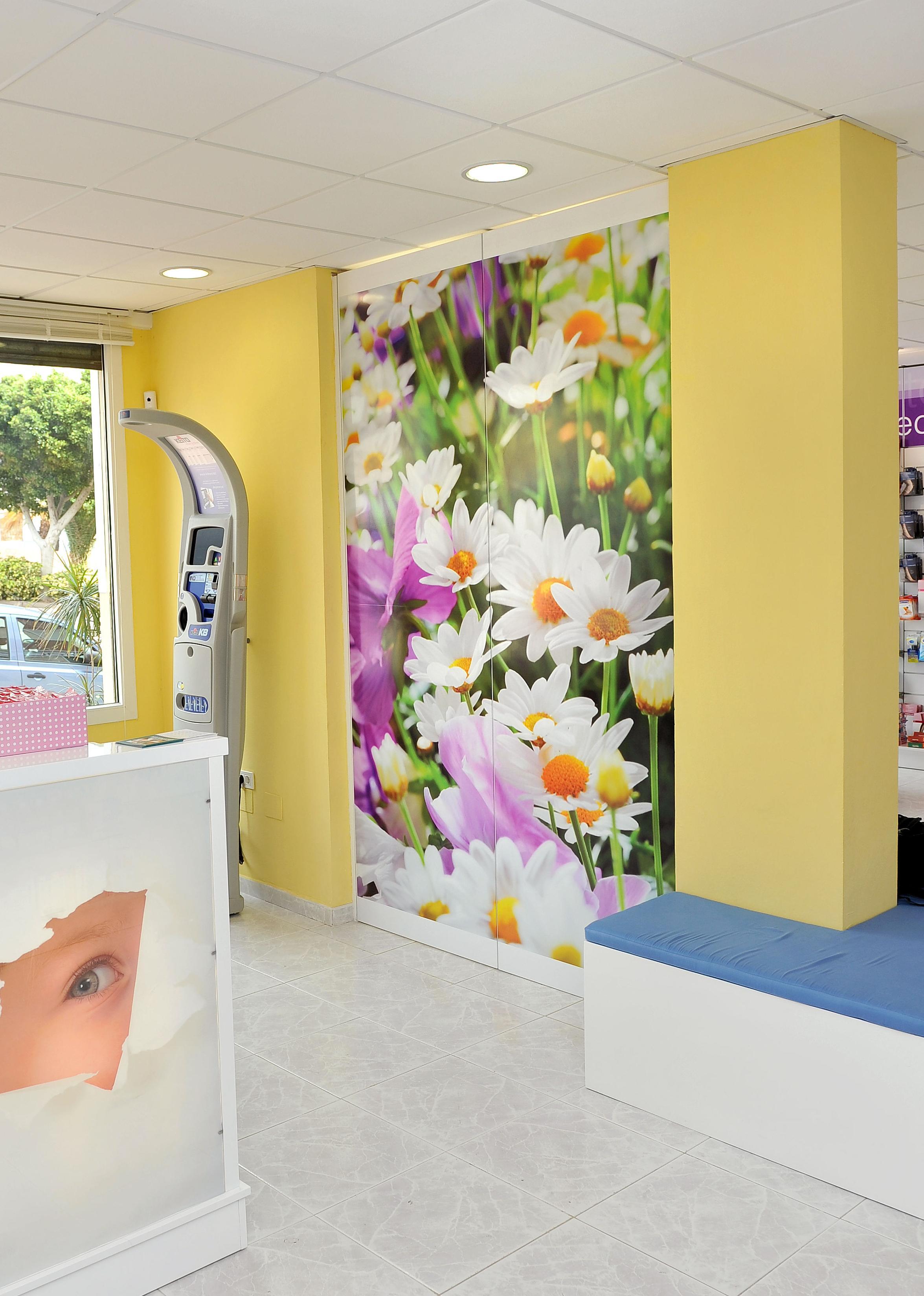 Canarias Decofarma. Decoración en farmacias