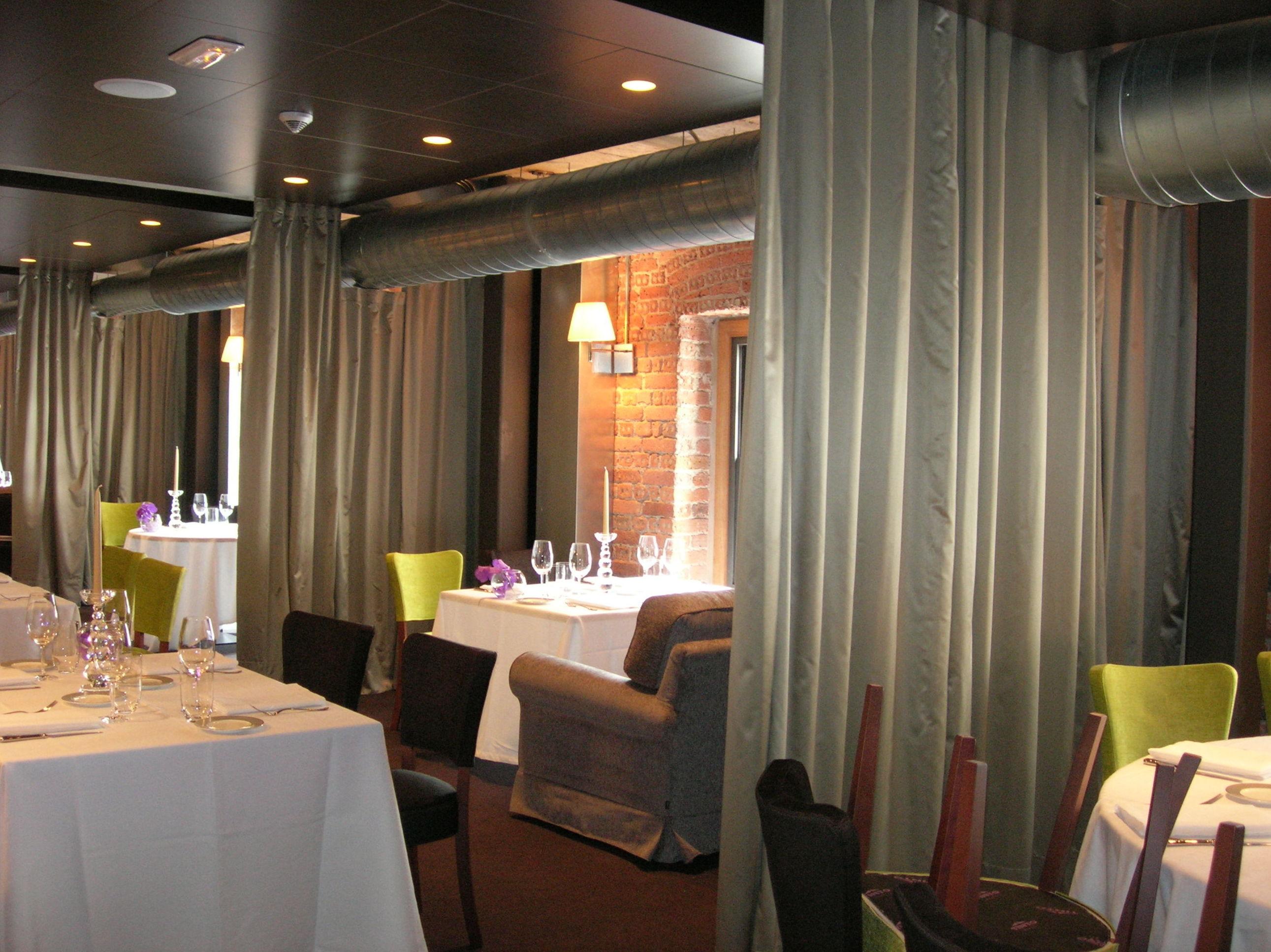 Confeccion de cortinón en Restaurante Yandiola Bilbao